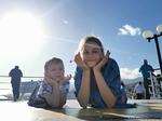Průzkum ČBA: Mluvit s dětmi o financích se vyplatí, uvědomují si čeští rodiče.