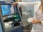 Obchodníci si oblíbili vkladové bankomaty. ČSOB ještě rozšířila jejich síť