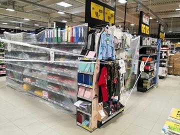 Češi prosincové otevření obchodů naplno využili