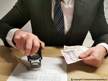 Chcete platit paušální daň? Dnes je poslední den na přihlášení!