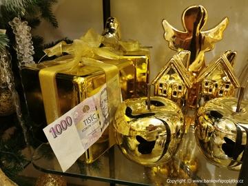 Zlato se dostává na devítiletá maxima